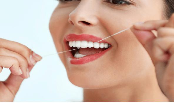مراقبت از لمینت سرامیکی دندان طول عمر آن را افزایش می دهد